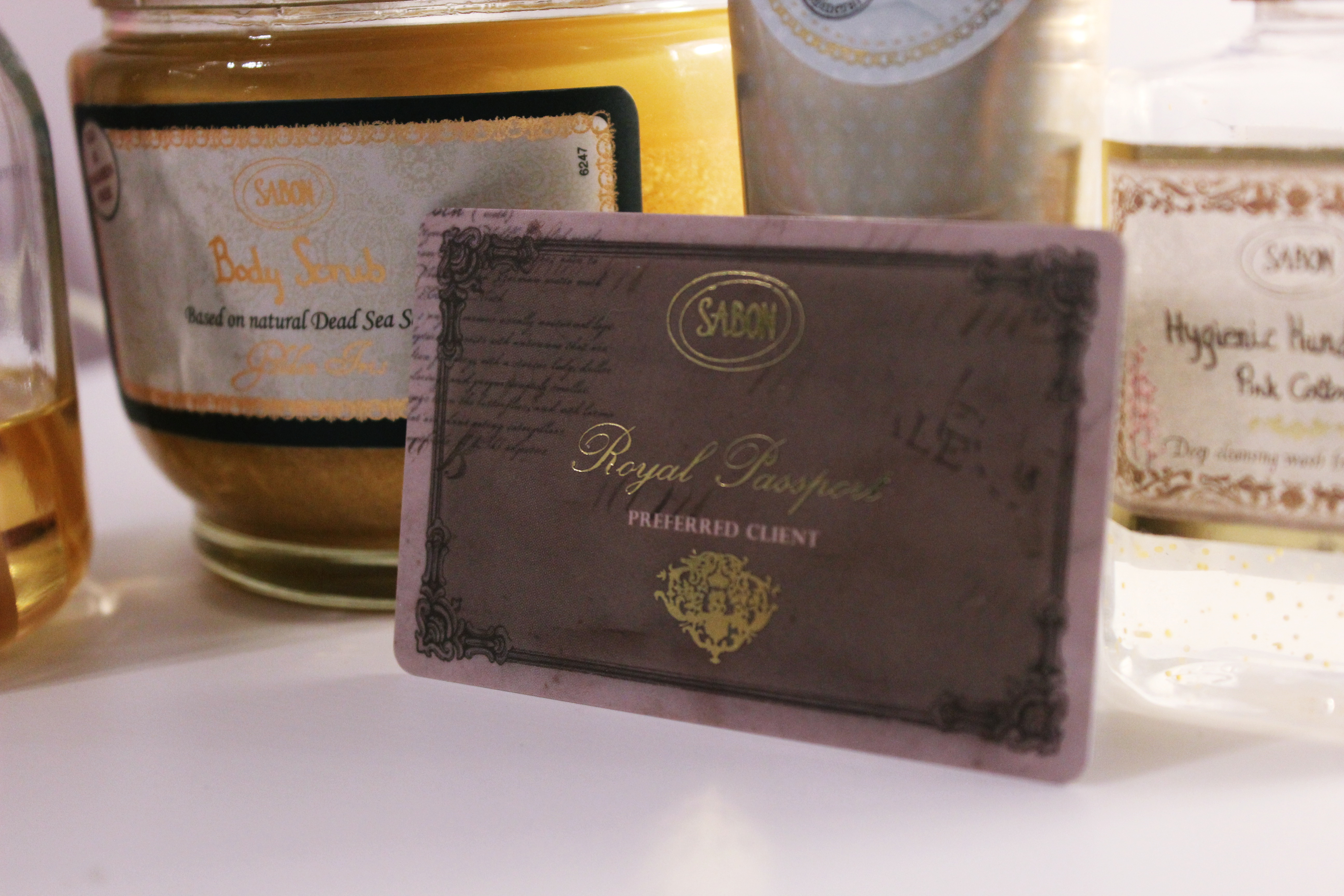 Royal Passport Sabon