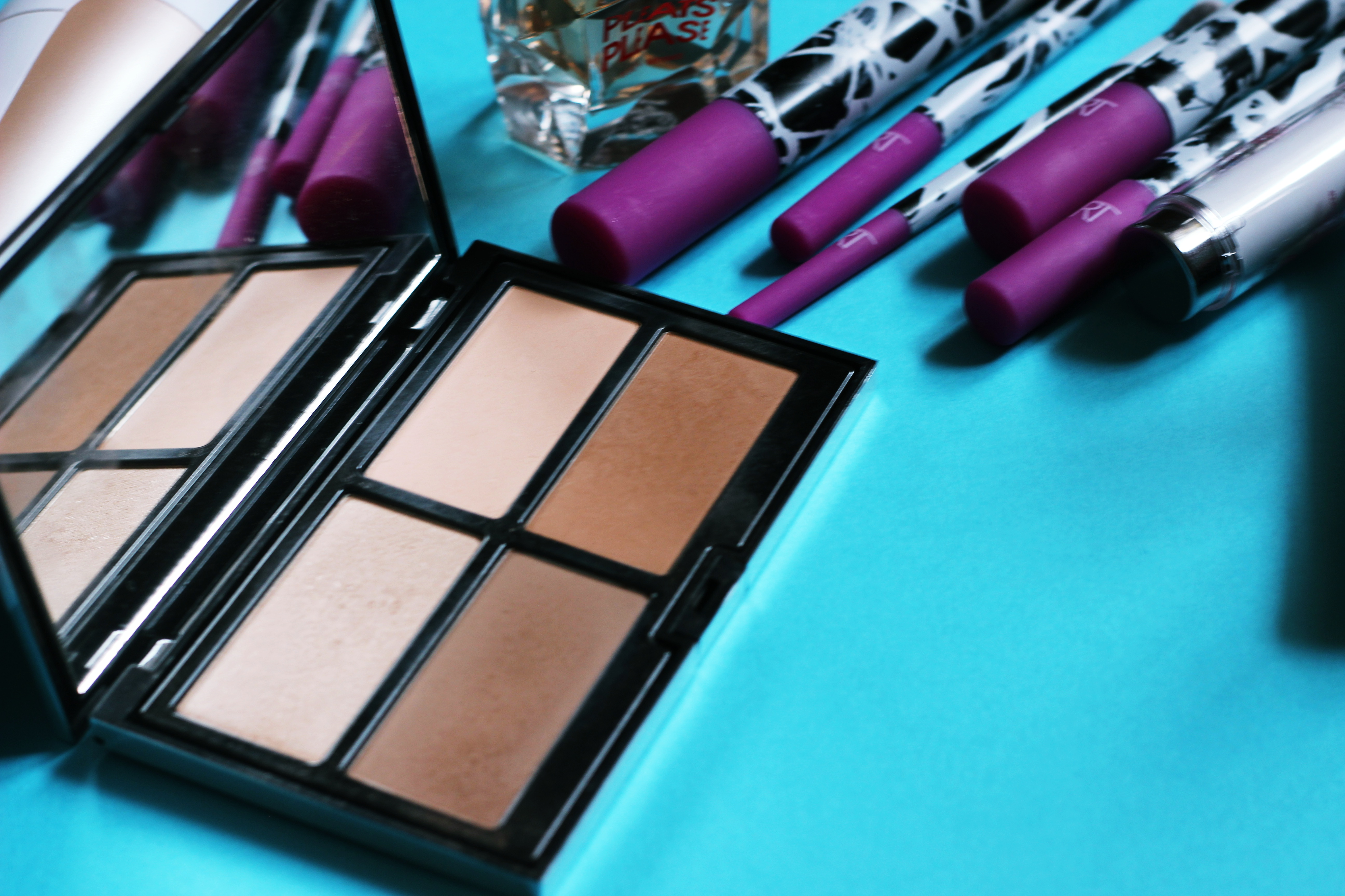 pupa contouring and strobing